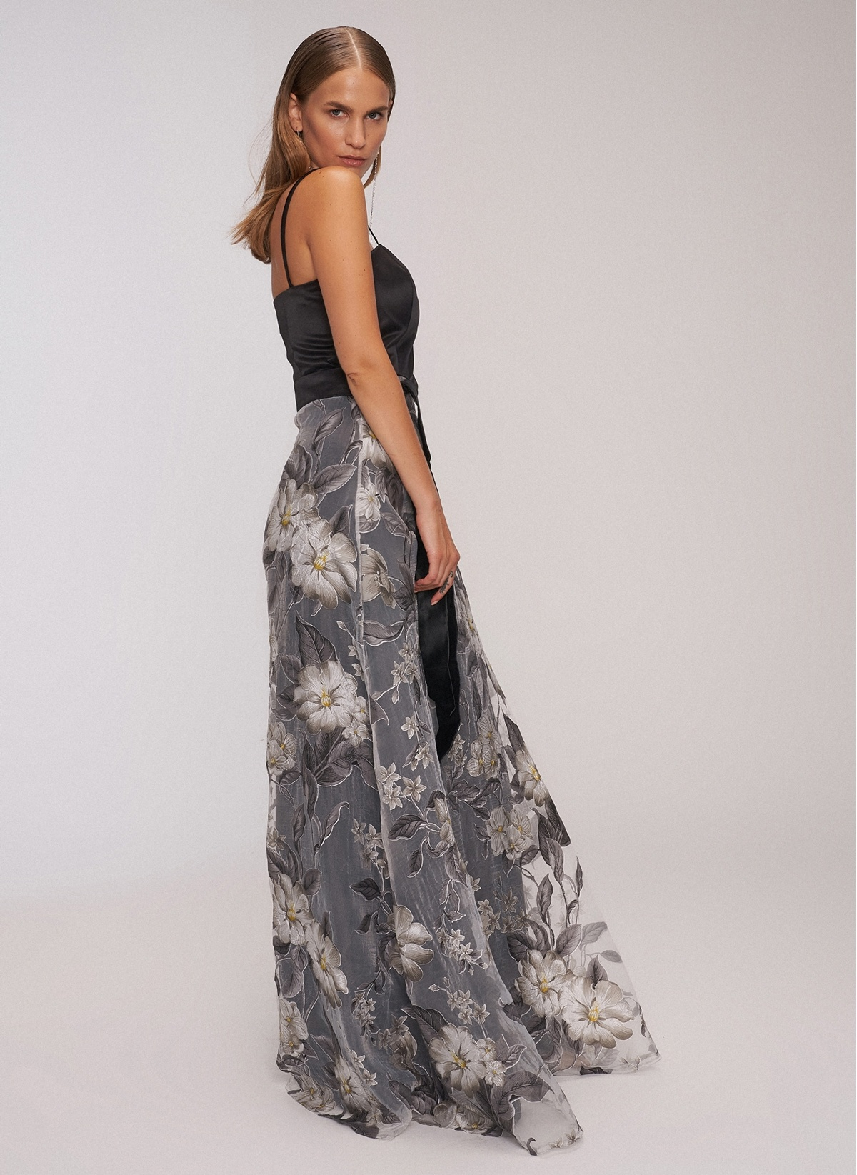 48b28c302af04 Desen Abiye Elbise Modelleri ve Fiyatları